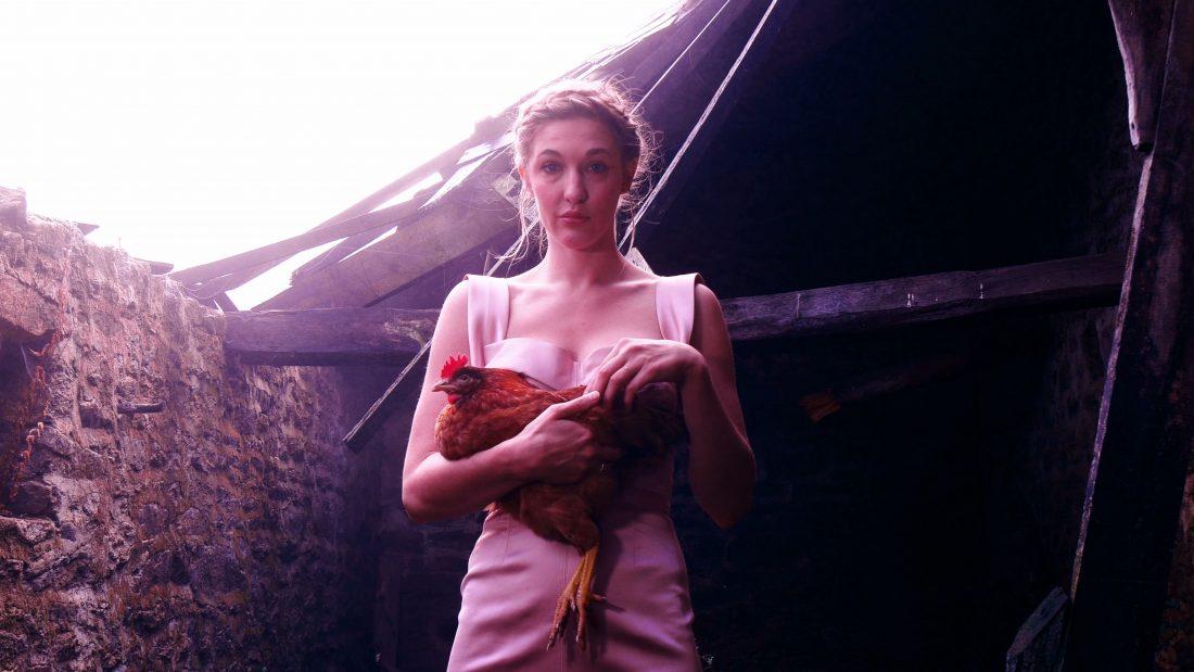 Elle et la poule